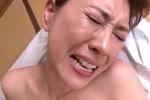 巨根ハードピストンで膣内痙攣する五十路熟女!君島英里奈